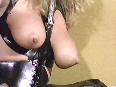 fucking in thighhighboots (and men!) (MadameX)