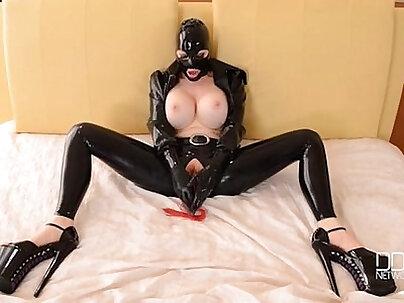 Leah BDSM sexual orgasm