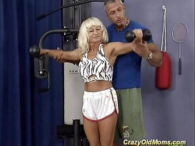 Crazy old mom of two Stephanie Andrews fucks super hot senior Candy sucking on a dick