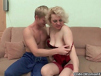 Real mom tit fucked and cummed