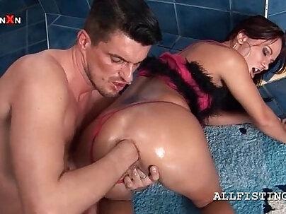 Busty anal bitch Gina spreads her ass