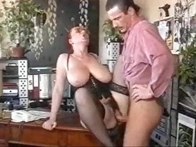MMD oriental goddess starts on her Asian boss