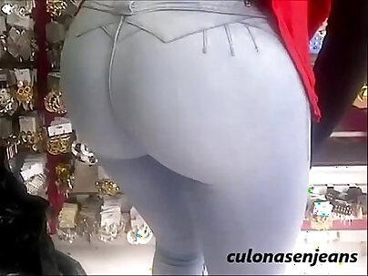 culazo en jeans de nalgotas