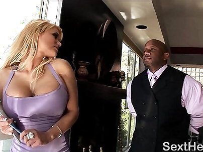 After showing off her juicy butt Shyla Stylez fucks missionary