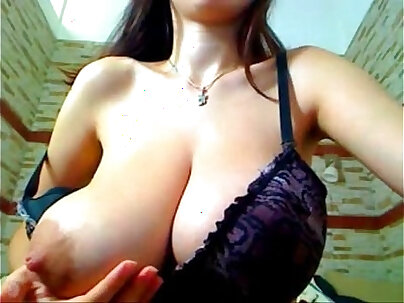 MILF with hot and volume nipples