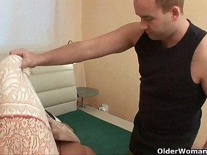 Horny Mom gets his Cumshot Uncensored JAV