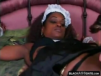 dark chocolate housemaid helps her boss to cum