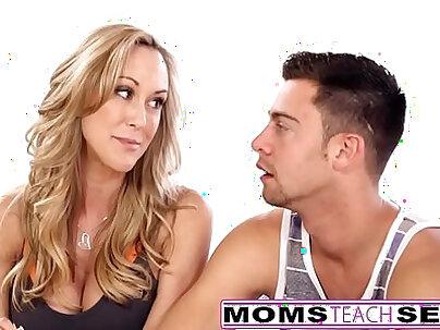 Teen Ex GF Mom Tease Then Fuck
