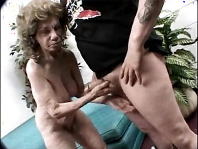 Old Gold Hairy Granny Gets a Serious Core Stinky D