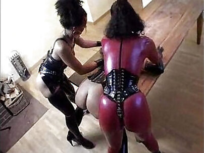 beautiful lesbian with a latex fetish as her new lover