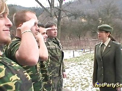 ARMY GABRIAN SLUTISES FOR CUM STRIPPING