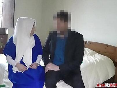 Arab girl fucked hard in the hotel room