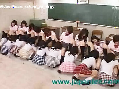 Beautiful Schoolgirls Having Sexual Eating Orgy