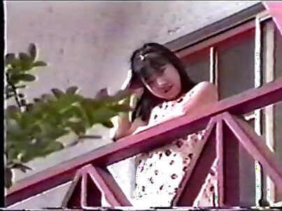 Marie Ryu back at town watching her stepmom