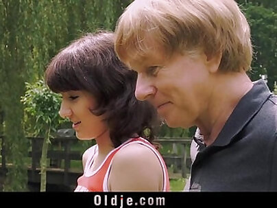 Young Girl Blowjob For Old Man And Swallows