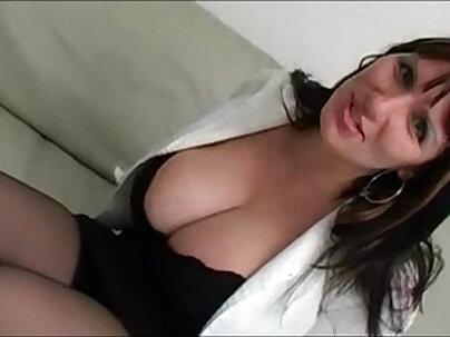 Moms Huge Tits