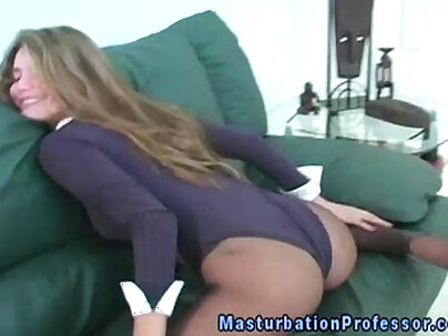 Nylon loving babe toying with her clit