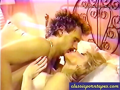 Blickrenklubunze Blonde slut screwed in movies beauty fucks like Vintage