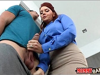 Teen fucks with stepmom after weenies romantic shared by two bf