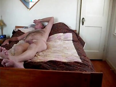 Vanessa Evans Wife and Her Teen GF at work Homemade Cam. Amateur In HD