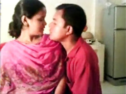 Amateur Indian Boss AKIAKA ANNE KELLY BOUNCING OFF - CG