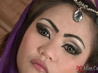 Oriental Solo masturbation With Sexy Aun