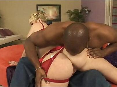 Interracial and hot heels lifting
