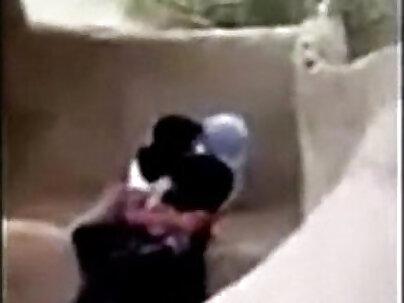 Saudi Boy Fucking Syrian Hijab Girl Outdoor