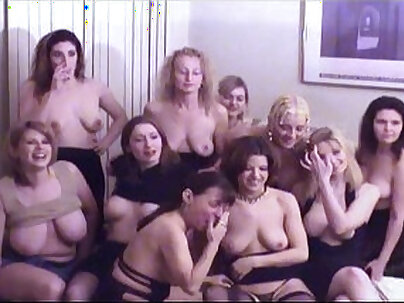 Alluring les douchettes enjoyed sixtynine orgy