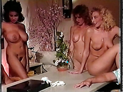 BBW Hotel Bikini Chicks have Sex with Younger Man